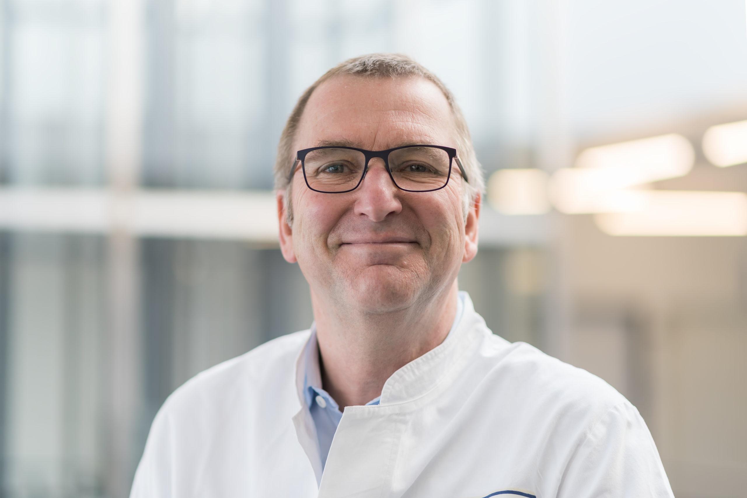 Prof. Andreas Mackensen, Direktor BZKF